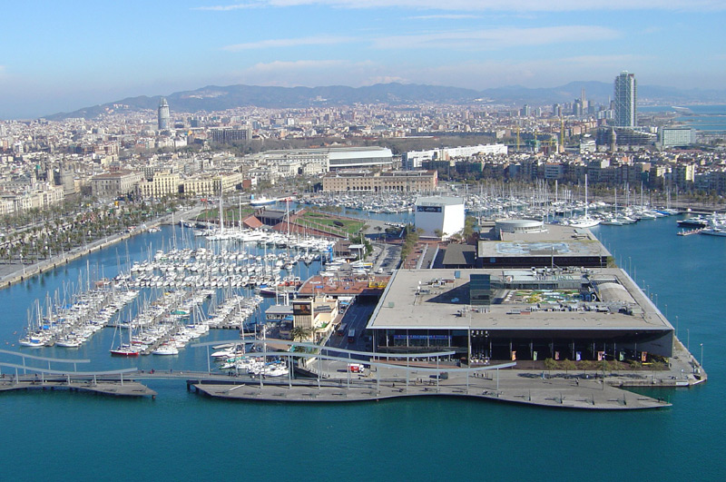 Port de Barcelona haven
